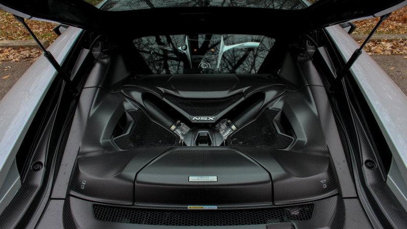Acura NSX engine photo