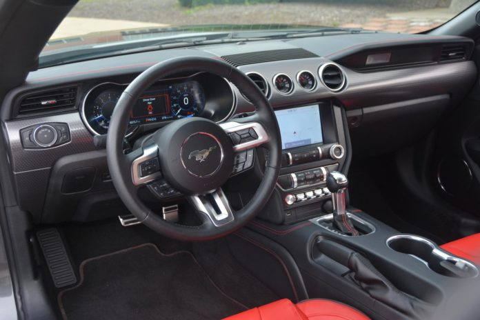 Ford Mustang EcoBoost Interior
