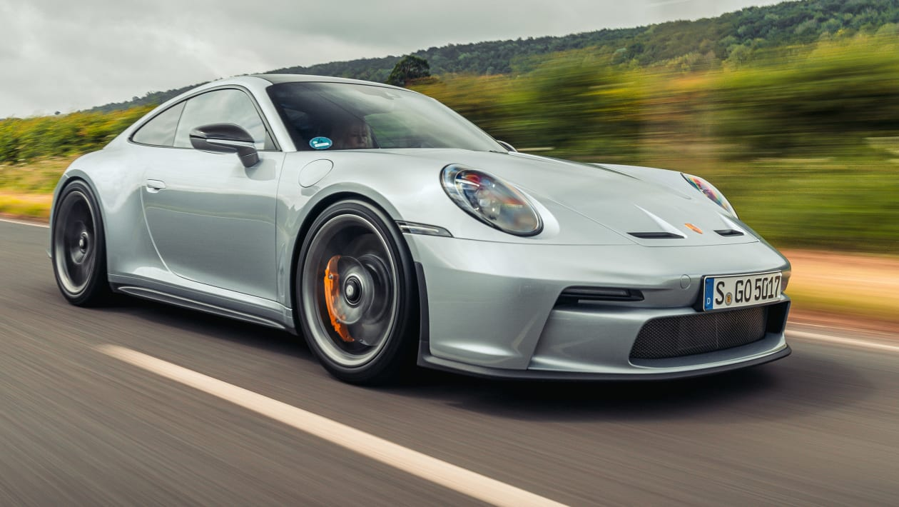Porsche 911 GT3 Touring Side View