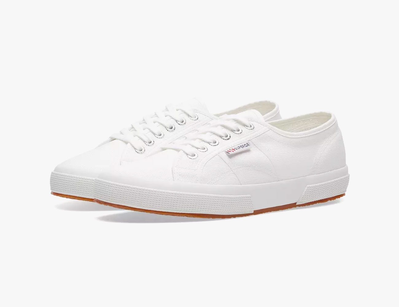 d8c2d6581f3 8 White Sneakers to Wear All Summer Long