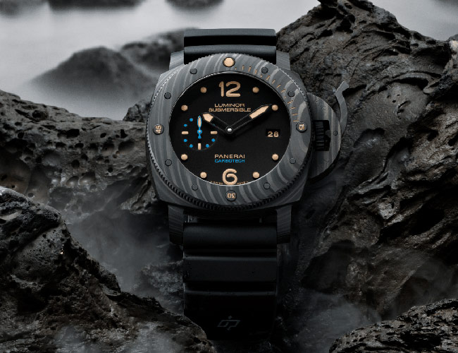 Panerai's Iconic Dive Watch Uses a Cutting-Edge Case Material