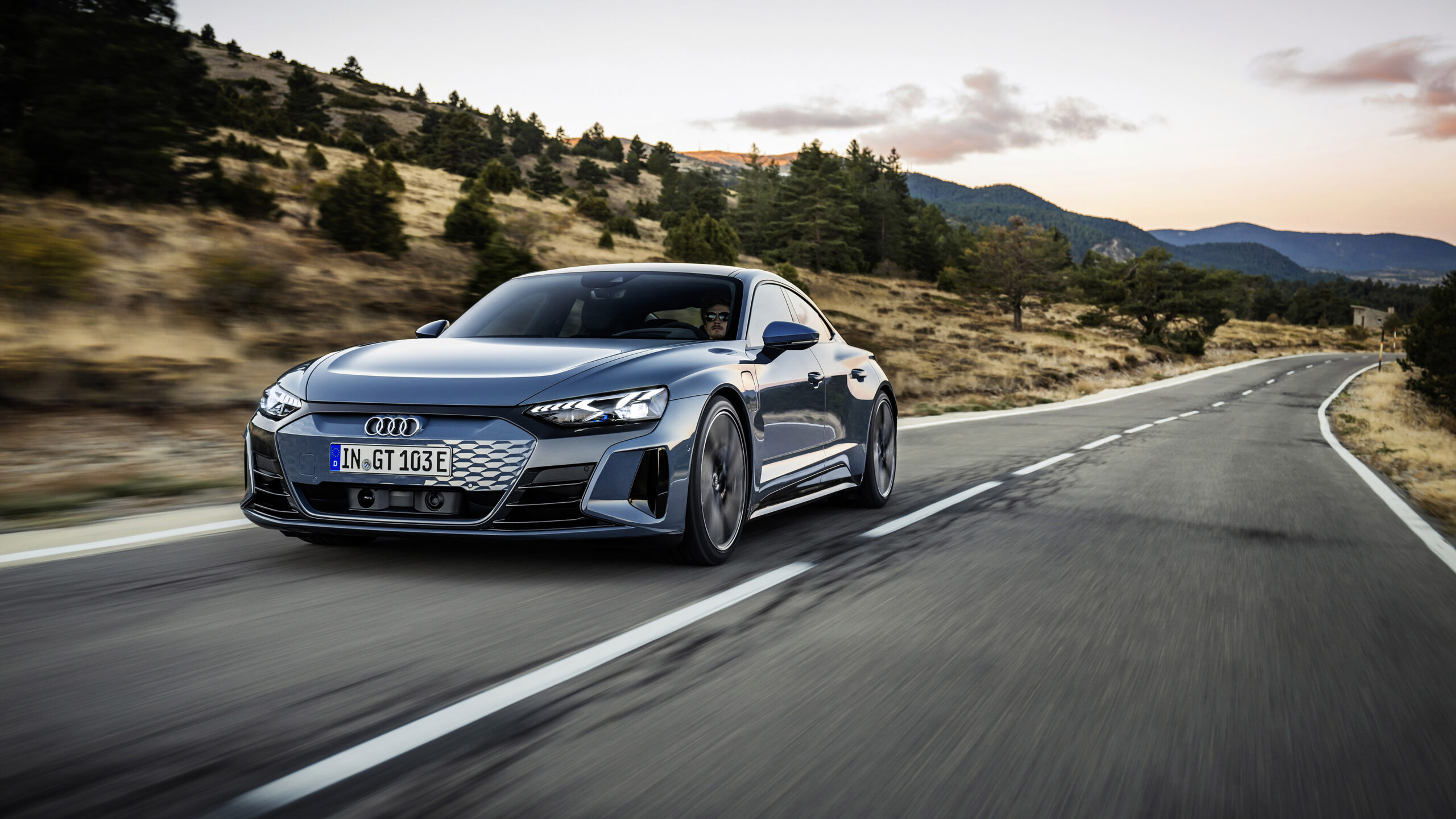 Audi e-tron GT Rolling Shot