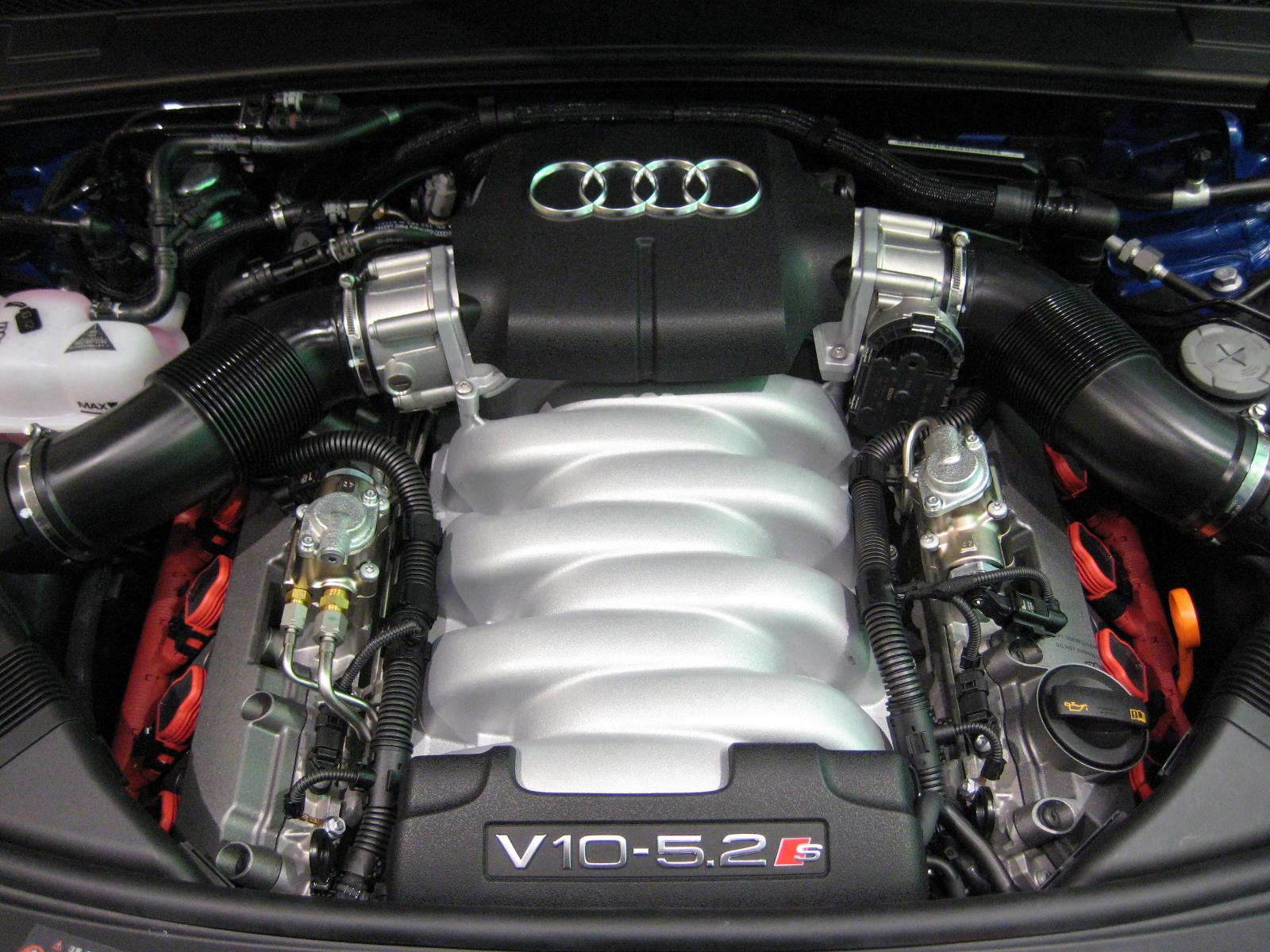 Audi 5.2L V10 FSI 40V Engine