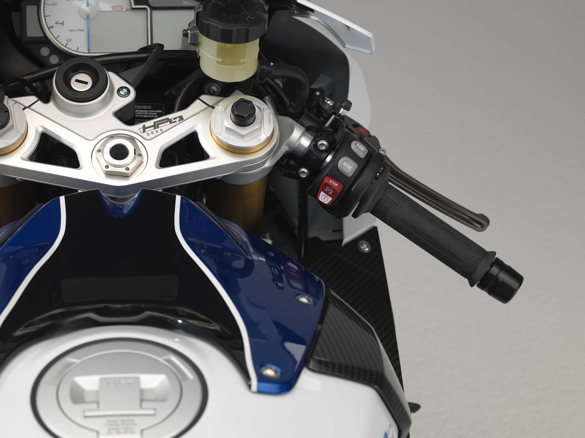 Sx-Z | BMW HP4 Based On The S 1000 RR