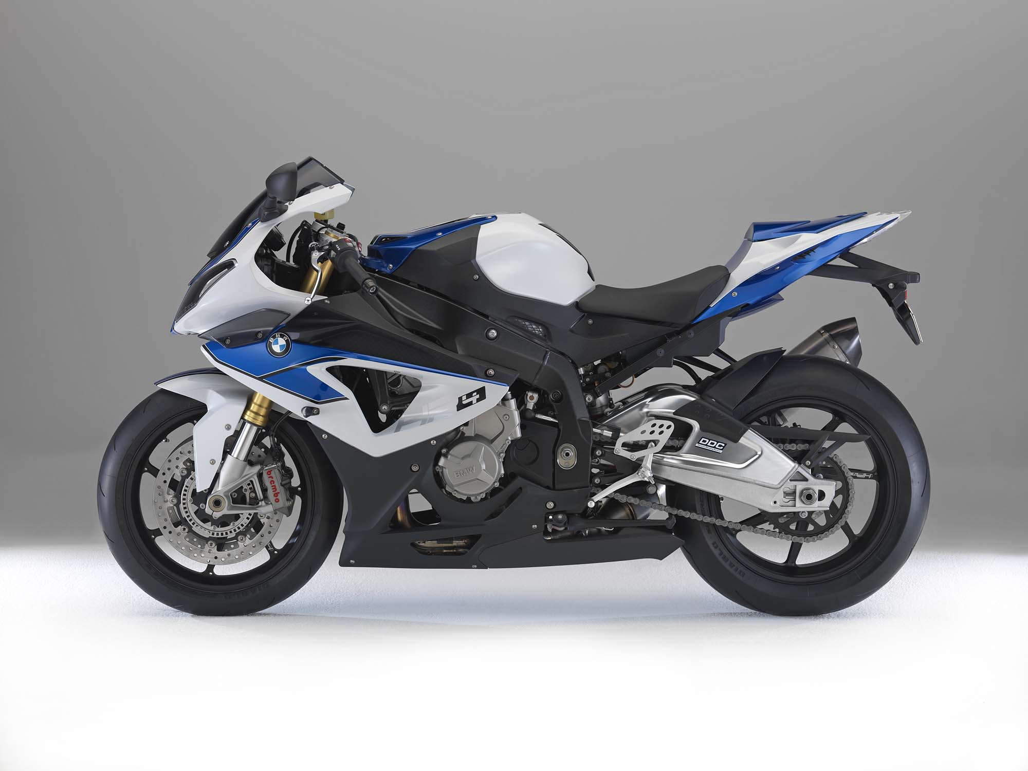 the new bmw hp4 based on the s 1000 rr. Black Bedroom Furniture Sets. Home Design Ideas