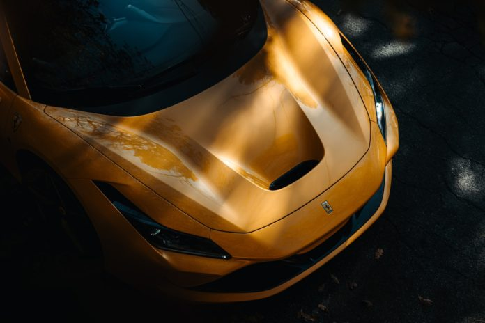 Ferrari F8 Spider front
