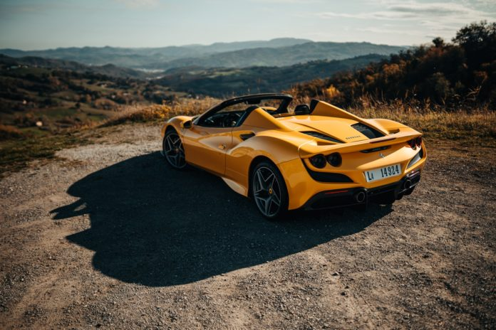 Ferrari F8 Spider roof down