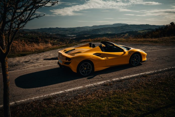 Ferrari F8 Spider Giallo Modena Yellow