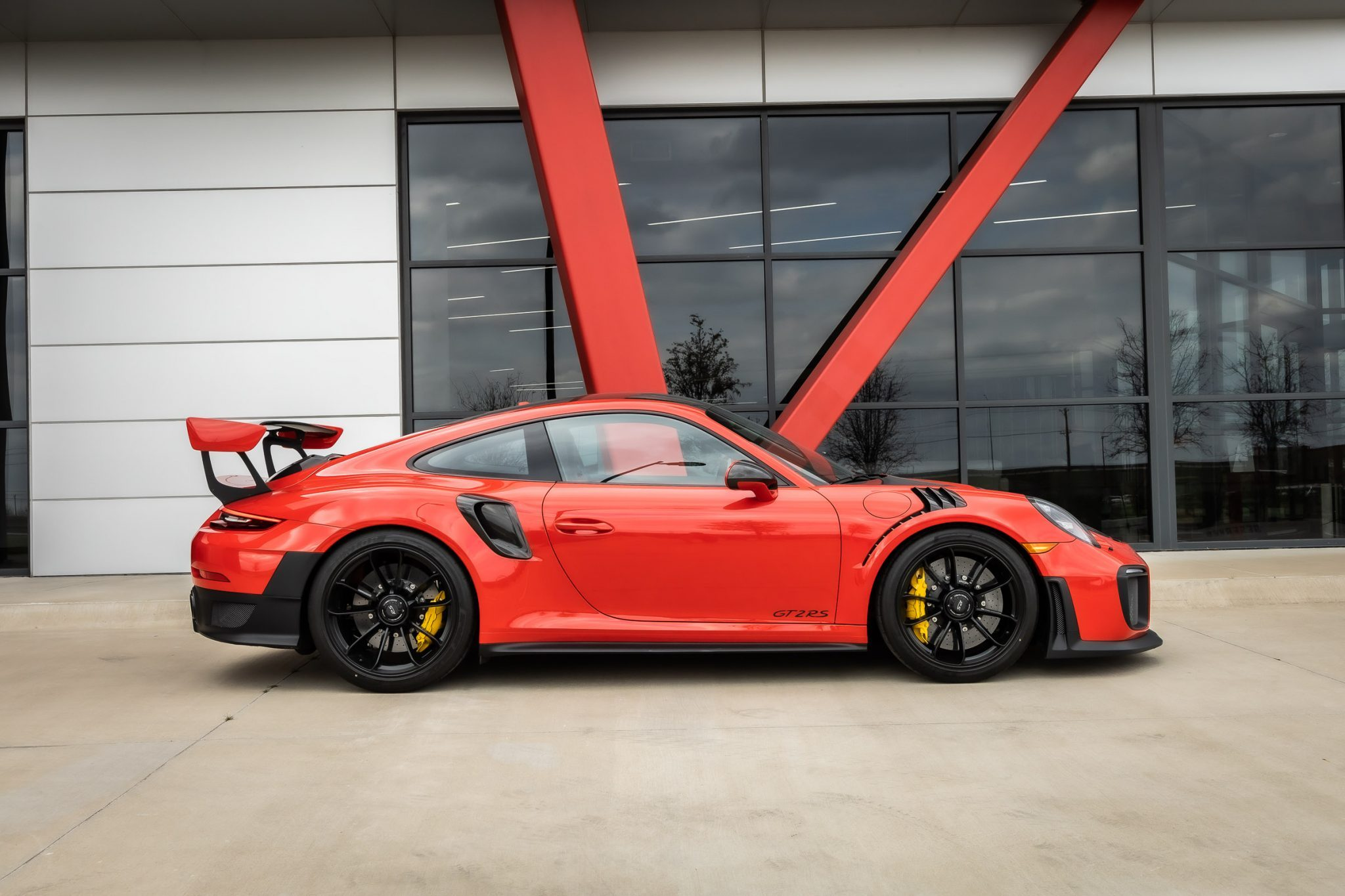 2018 GT2 RS Weissach Side Angle