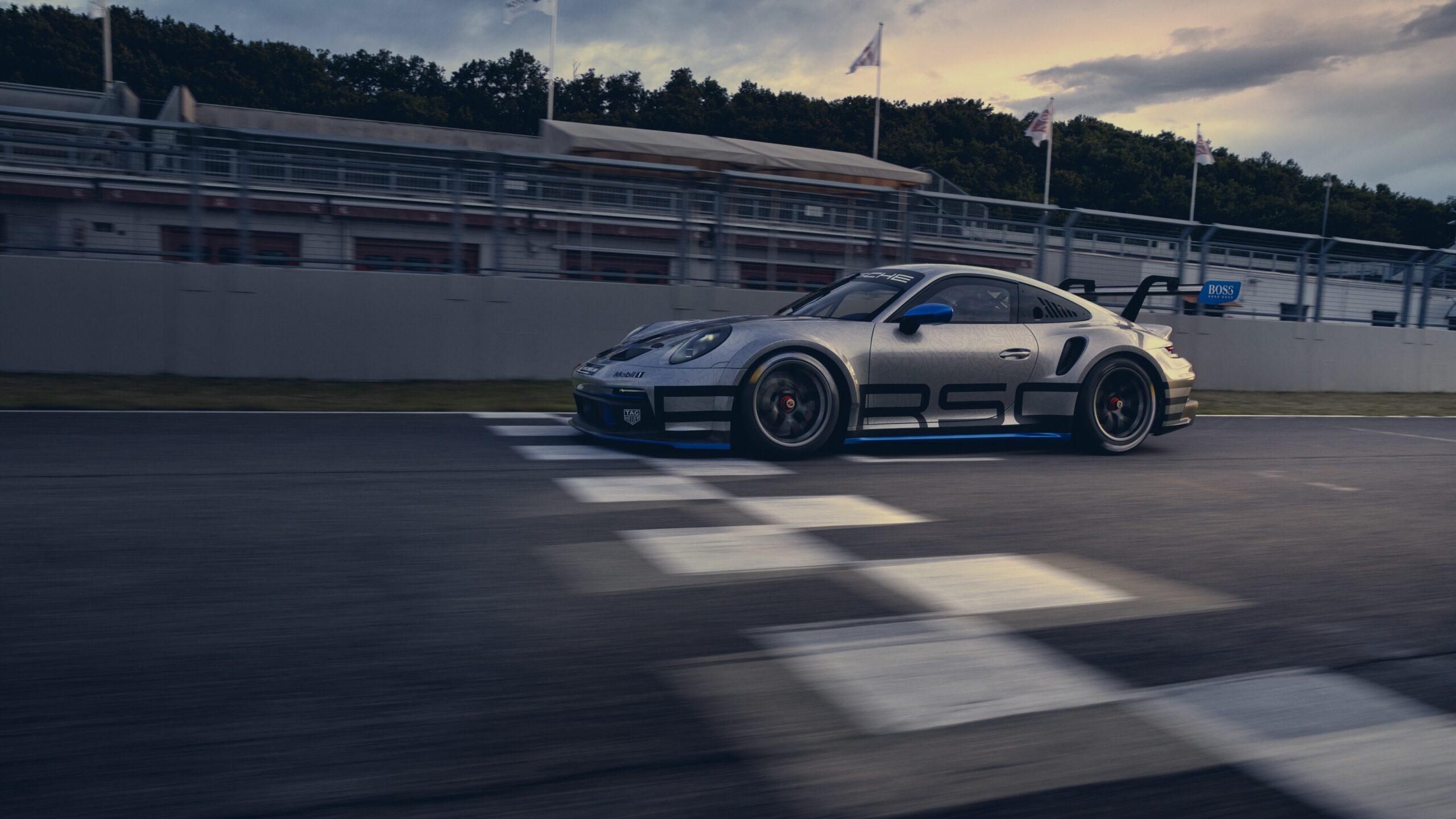 Porsche 911 GT3 Cup Rolling