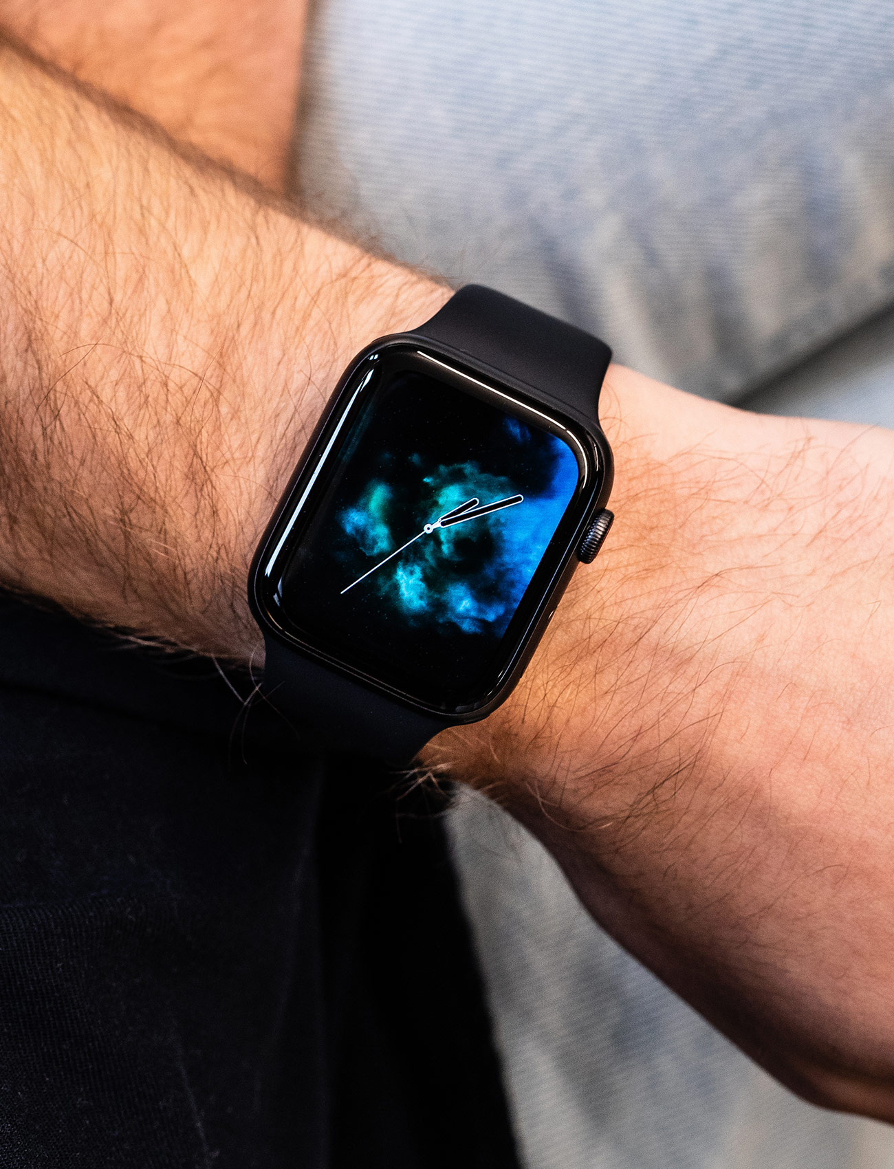 Review: The New Apple Watch Is the Best Smartwatch You Can