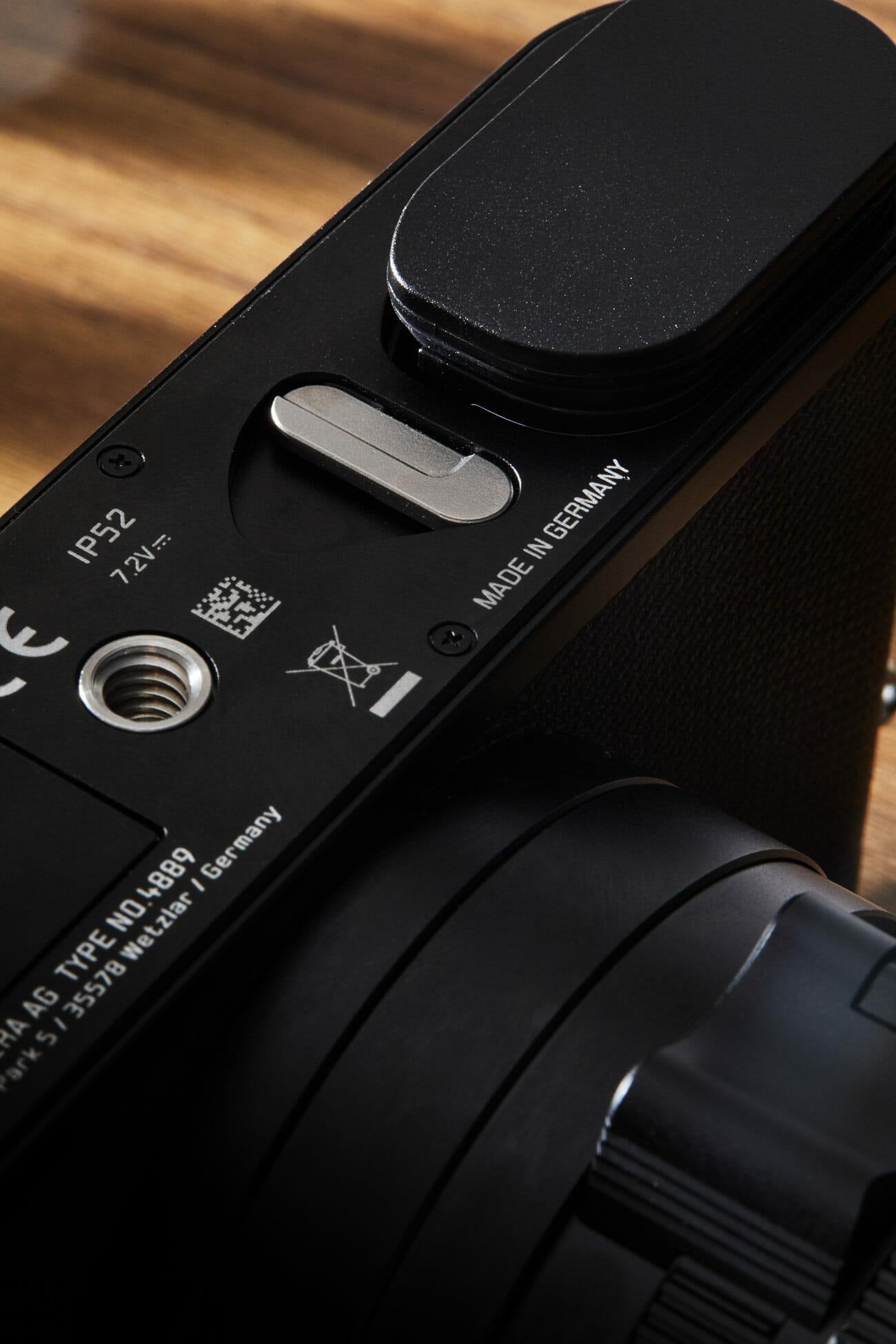Leica Q2 Review Bottom