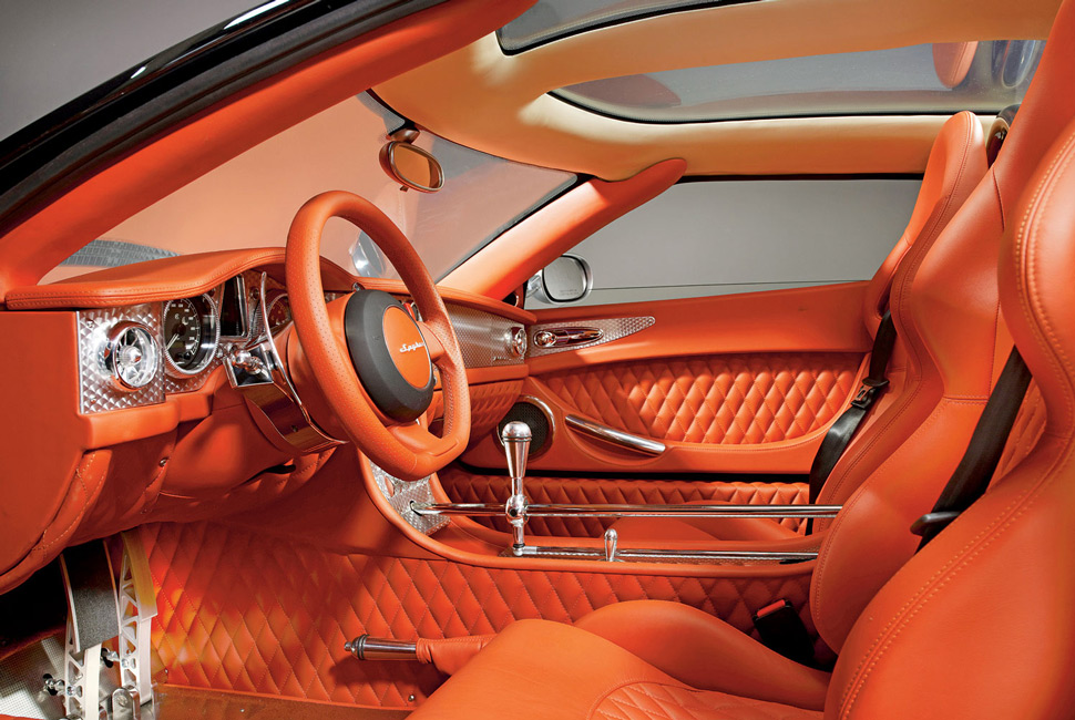 Spyker-Gear-SHift-Gear-Patrol