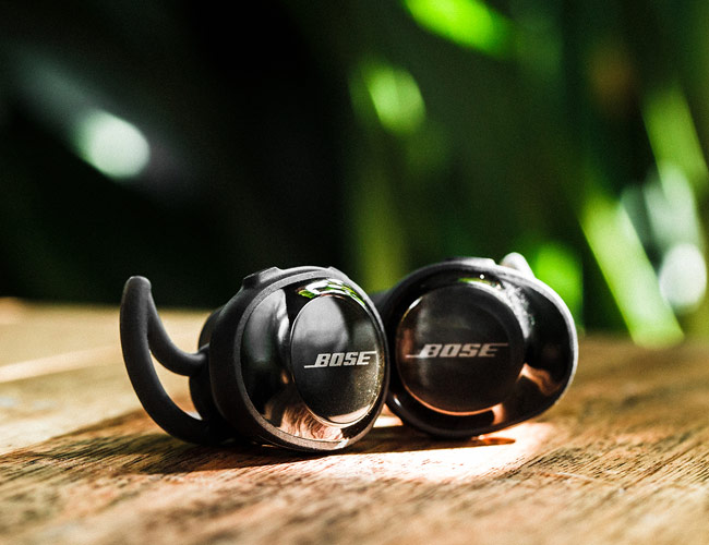d517bfe40e8 The work with the Bose Connect app, which you need to download in order to  initially pair the headphones, ...