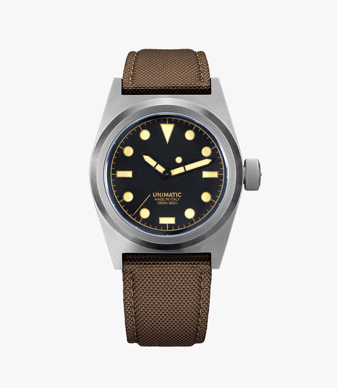0cb0c8eeb6e1 The U2-C is a made-in-Italy field watch