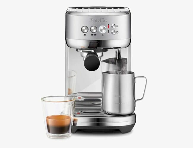This Espresso Machine Is Tiny and Doesn't Cost a Fortune