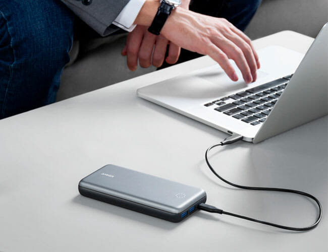 This Innovative Portable Charger Doubles As a Hub for Your MacBook
