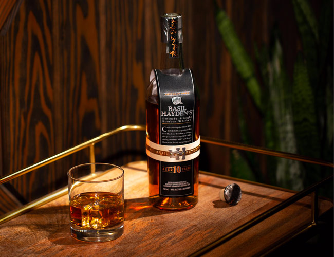 Basil Hayden's 10-Year-Old Bourbon Arrives Just in Time for the Holidays
