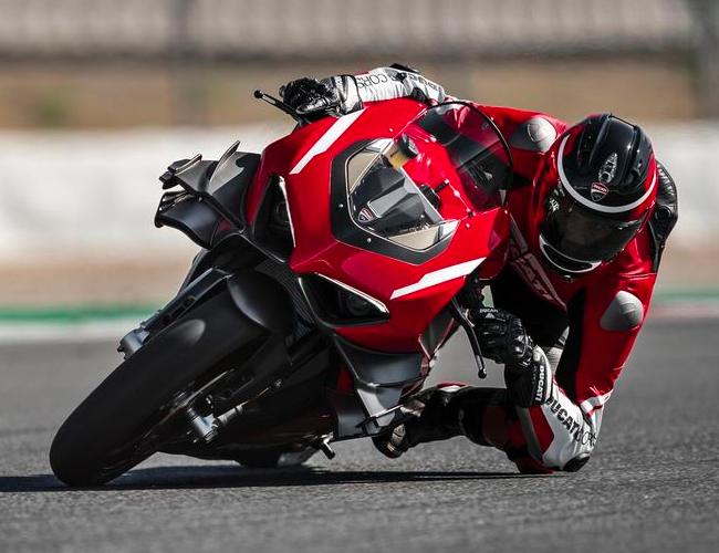 Ducati's New Race Bike Is a Street-Legal, 234-HP Carbon Fiber Missile