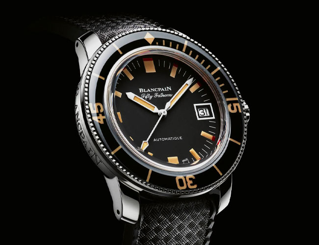 This Revived Dive Watch Icon Epitomizes 60s Styling in the Best Possible Way