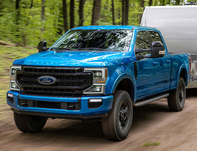 Ford's New Super Duty Packs the Strongest Gas Engine in a Heavy-Duty Pickup