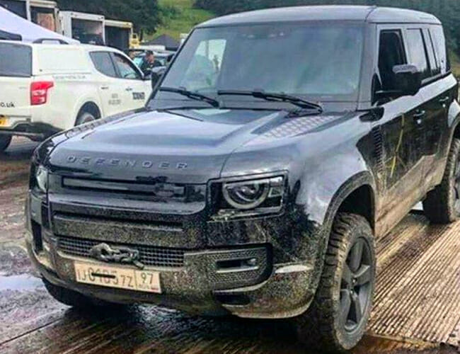 The New Land Rover Defender Has Been Caught Undisguised