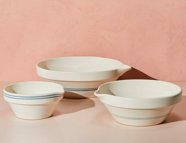 For Easier Scrambled Eggs, Buy These Bowls