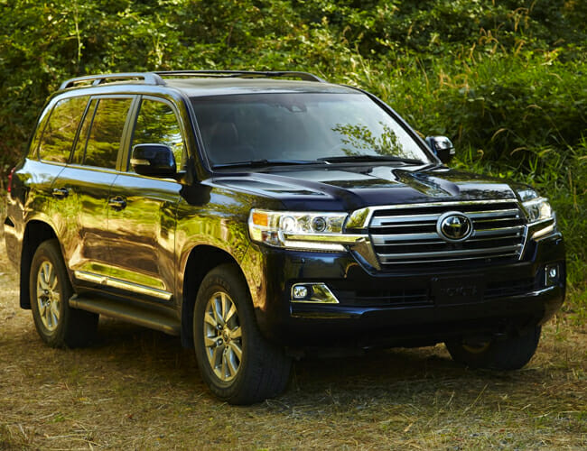 The Toyota Land Cruiser May Finally Be Getting a New Engine