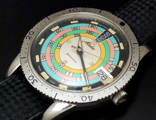 This Eye-Catching Vintage Dive Watch Deserves a Reissue