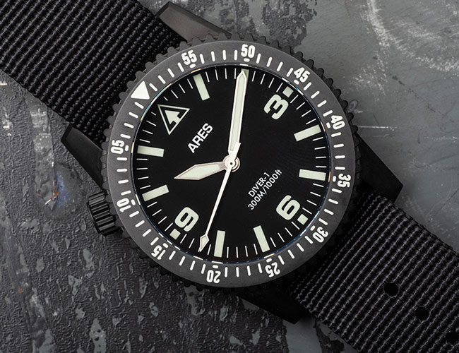 A Knife Company and a Watch Company Teamed Up On This Blacked Out, Tactical Watch